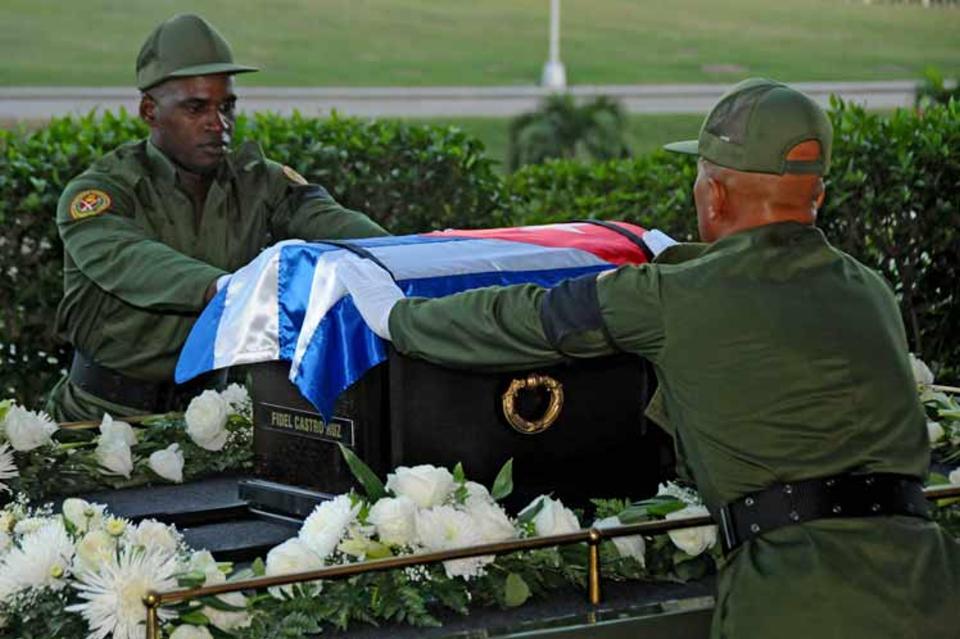 The Caravan of Liberty left today for the Santa Ifigenia cemetery in Santiago de Cuba
